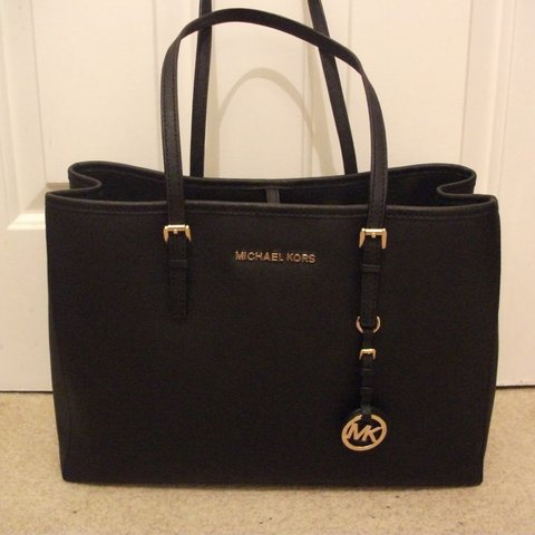 ae84072fd50a @zeenat. 2 years ago. Solihull, West Midlands, UK. Genuine Michael Kors Jet  Set Travel large saffiano leather tote bag with long strap ...