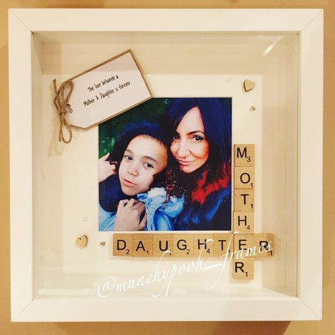 Love These Mother And Daughter Frame Mother Depop