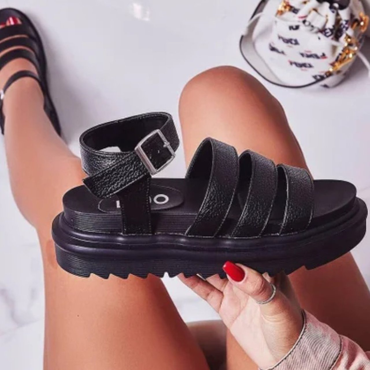 Clueless Chunky Sole Sandal In Black