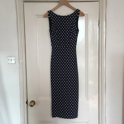 fe6dcb246ad7d0 @rhiannonwastell. 2 years ago. London, United Kingdom. Zara navy and white polka  dot midi dress ...