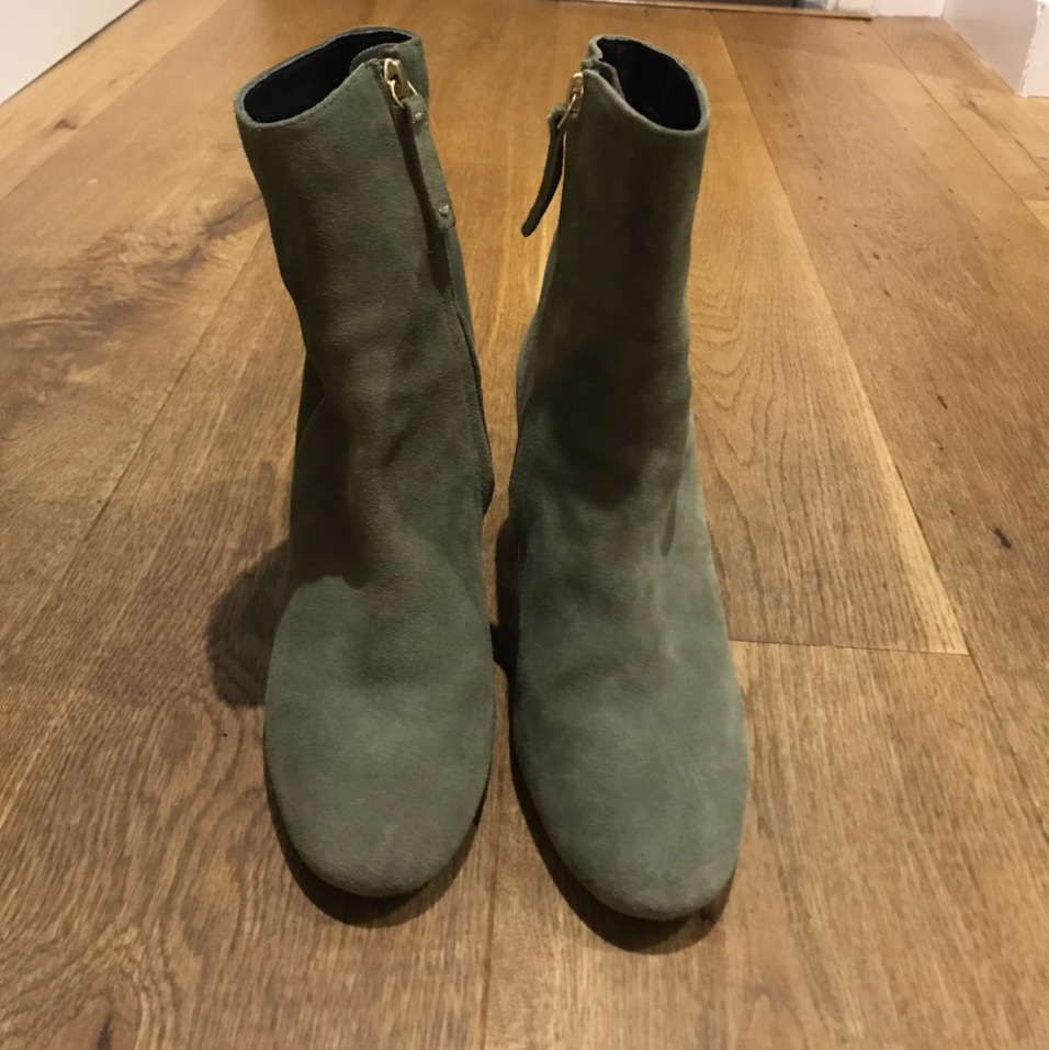 Topshop suede heeled Chelsea ankle