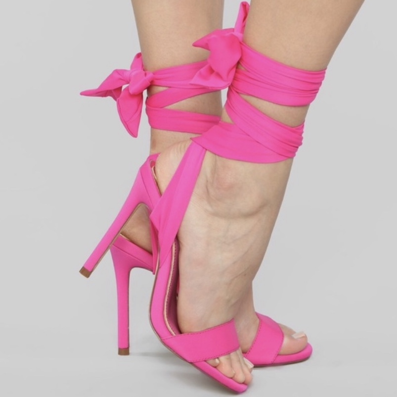 SUPER SEXY HOT PINK LACE UP HEELS