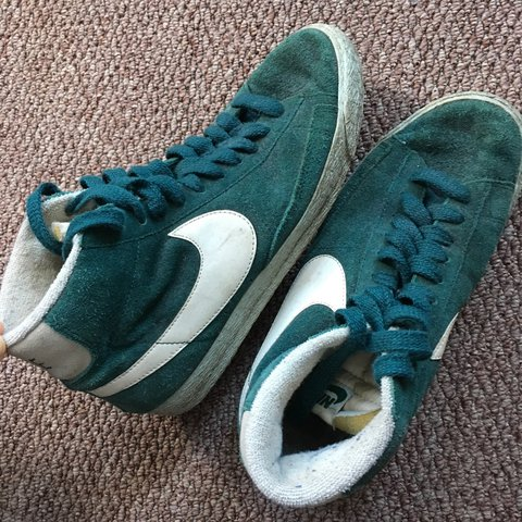 392cd4cefec6 Nike green high top blazer trainers size 6 - used and worn - Depop