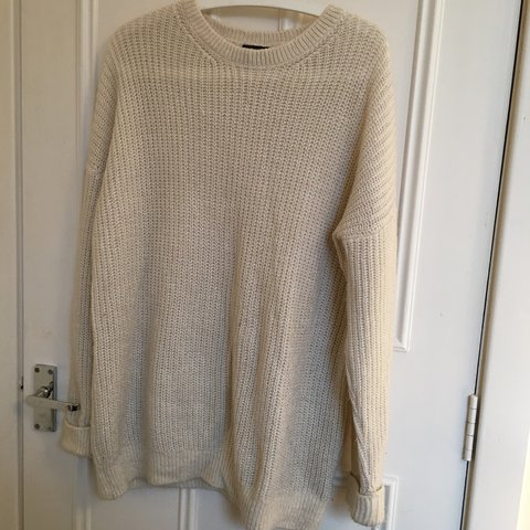34690640367d5c @lottiebowman. 6 months ago. Manchester, United Kingdom. Topshop cream/white  knitted jumper ...