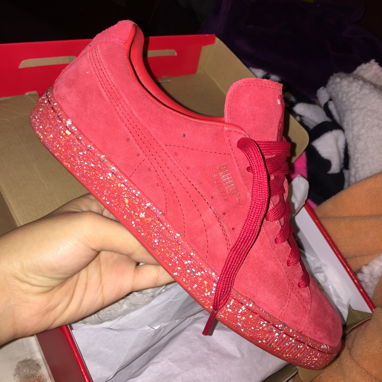Unisex Puma suede classic in Red with