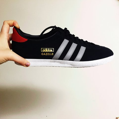 Brand new Limited Edition Adidas Gazelle NWT