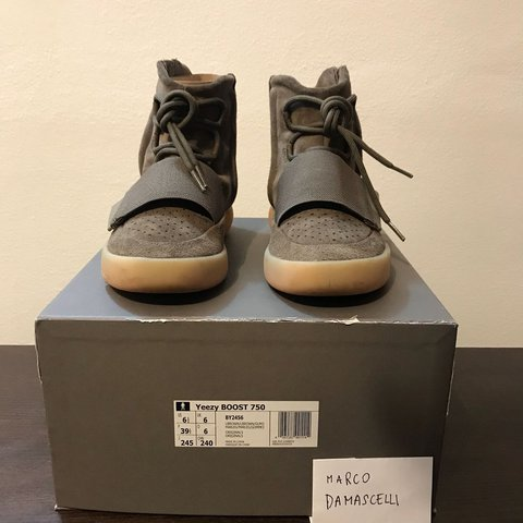 d1f0dff0f WTB YEEZY 750 CHOCOLATE CONDITIONS  9 10 PRICE  400€ ship - Depop