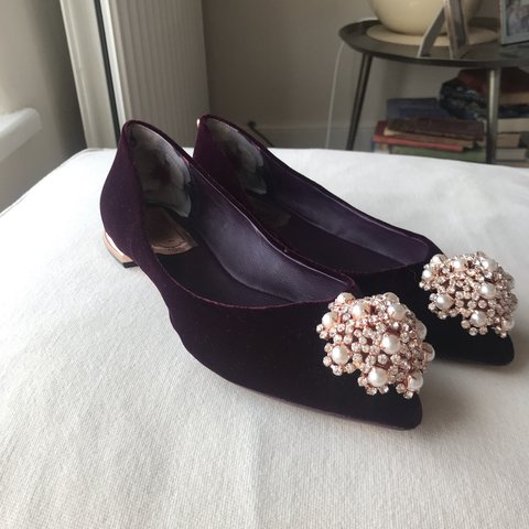 eec235e1f46e Ted Baker UK size 4 37 Velvet Flat shoes with rose gold and - Depop