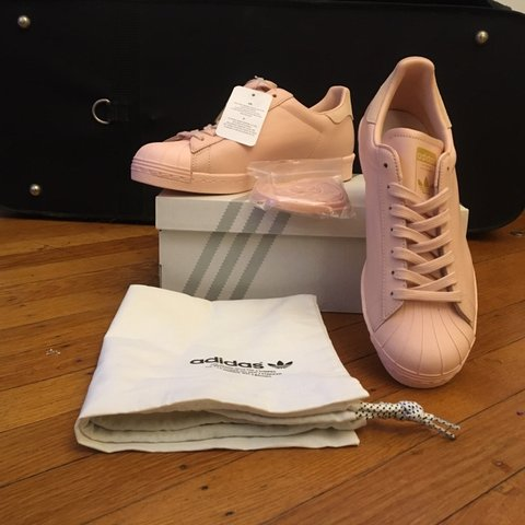 buy online 5e8cd 6005a  natashajune. 10 days ago. Philadelphia, United States. New With Tags Blush Pink  Adidas Superstar Size 7. Gold accents. Never worn