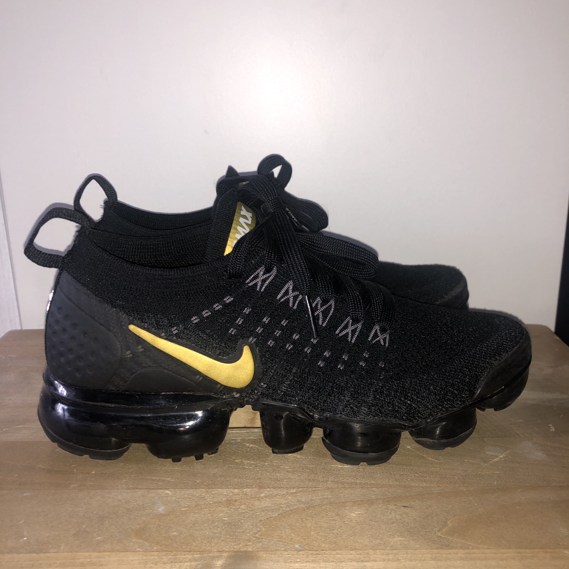 Black and gold Nike vapormax, size 3