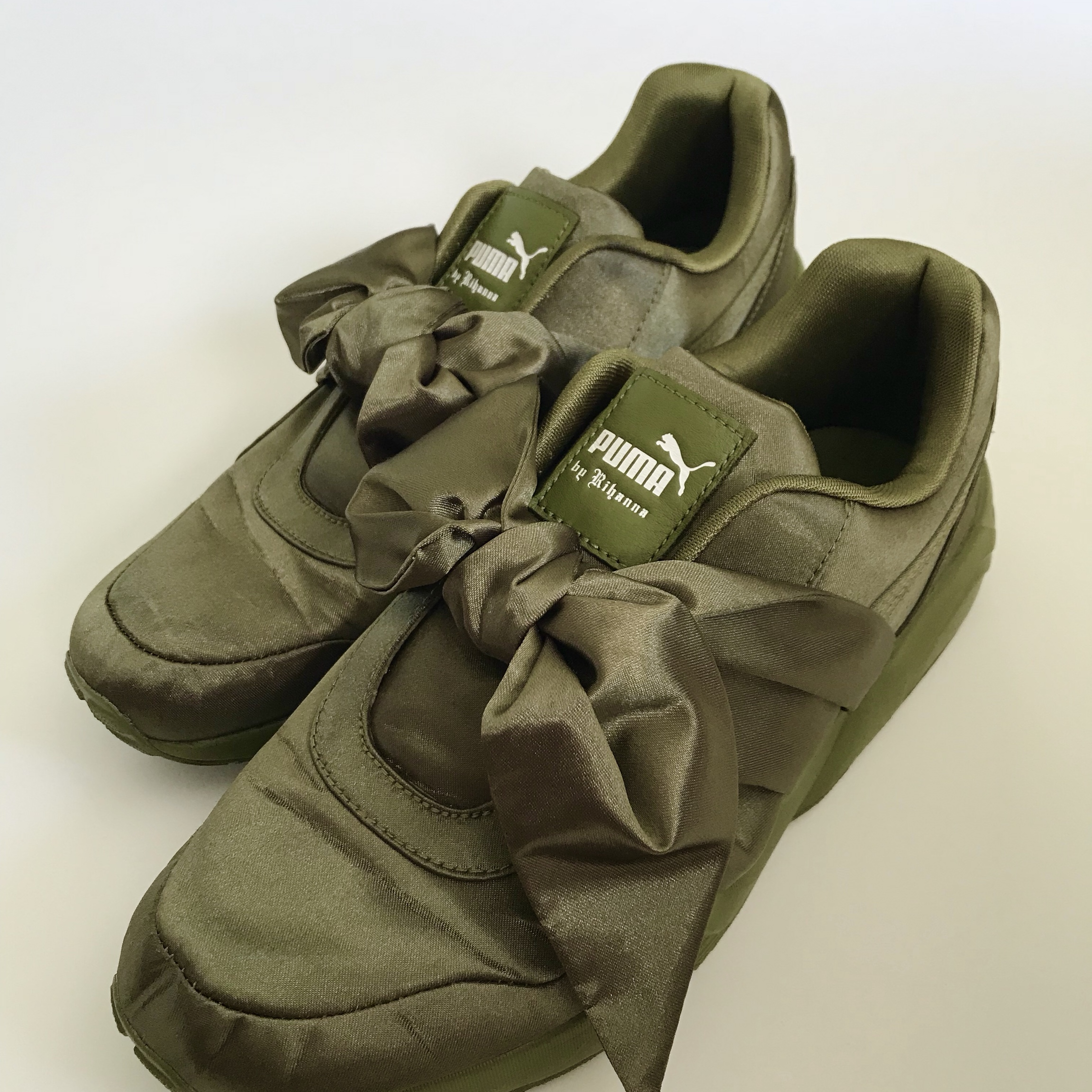 big sale a5d88 4a681 Puma Fenty by Rihanna Olive Bow Sneakers... - Depop