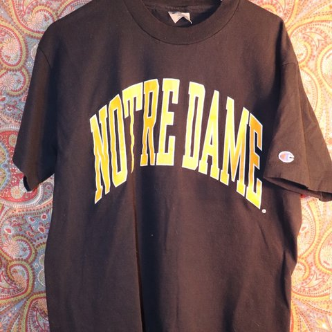 fc3eb051fc72 @vukoslavia. 9 days ago. Northampton, United States. Vintage Champion Notre  Dame size Large Awesome 90's Champion single stiched college shirt.