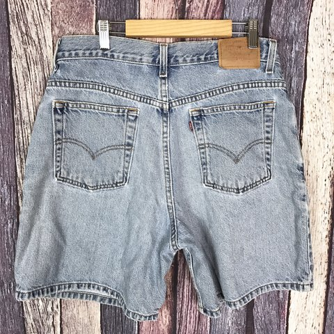 5dfe76da12 @deanitaconamor. in 4 hours. Indianapolis, United States. Vintage Levi's  Distressed ...