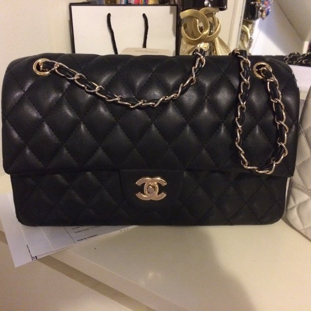33ecc350edd2 Medium sized chanel inspired quilted chain bags. Please for - Depop