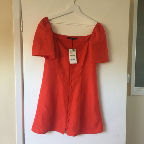 05215ec9bba BNWT red linen dress from Zara. Features puff sleeves and it - Depop