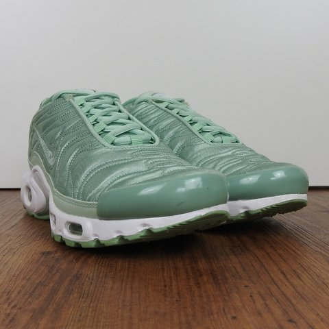 official photos f430a cca8e ❤️Nike Air Max Plus (Tn) special edition 🧡Enamel Green but - Depop