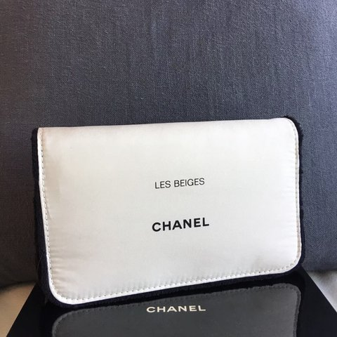 40590fa6fe0f @chanelvip888. 2 months ago. 劳伦斯维尔, 美国. Chanel Beauty Cosmetic Make-up Bag  ...