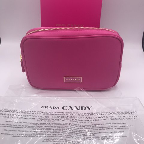 efeee316830530 @chanelvip888. 3 months ago. 劳伦斯维尔, 美国. Prada Candy Satin Makeup Cosmetic  Hot Pink ...
