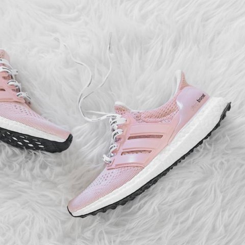b372533e06272 The Candy Floss Ultraboost 😍 This pair is for your girl