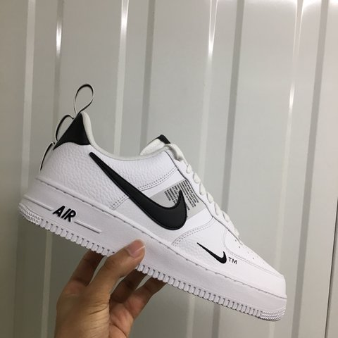 SIZE 12 ONLY PLEASE DONT MESSAGE FOR OTHER SIZES* Nike Air - Depop