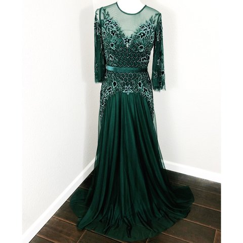 bba8f5df755f8 @unicornpopupshop. last month. Houston, United States. Gorgeous Basix Black  Label Hunter Green Beaded Formal Evening Gown.