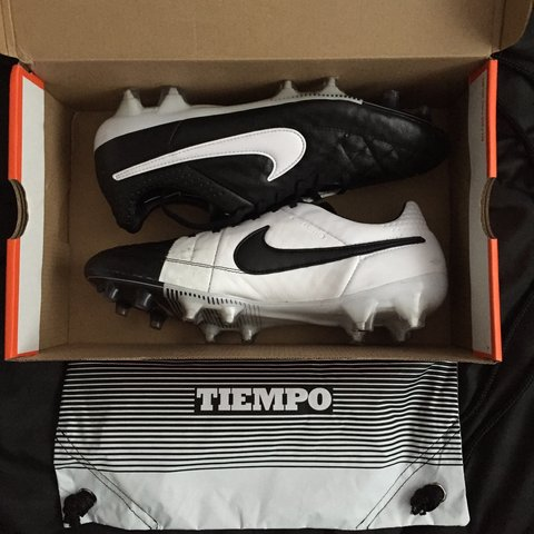 78bc81f2f Tiempo Bag And But Nike 8 Worn With 5 Size Depop Box Boot Fg Uk 6vwwnd