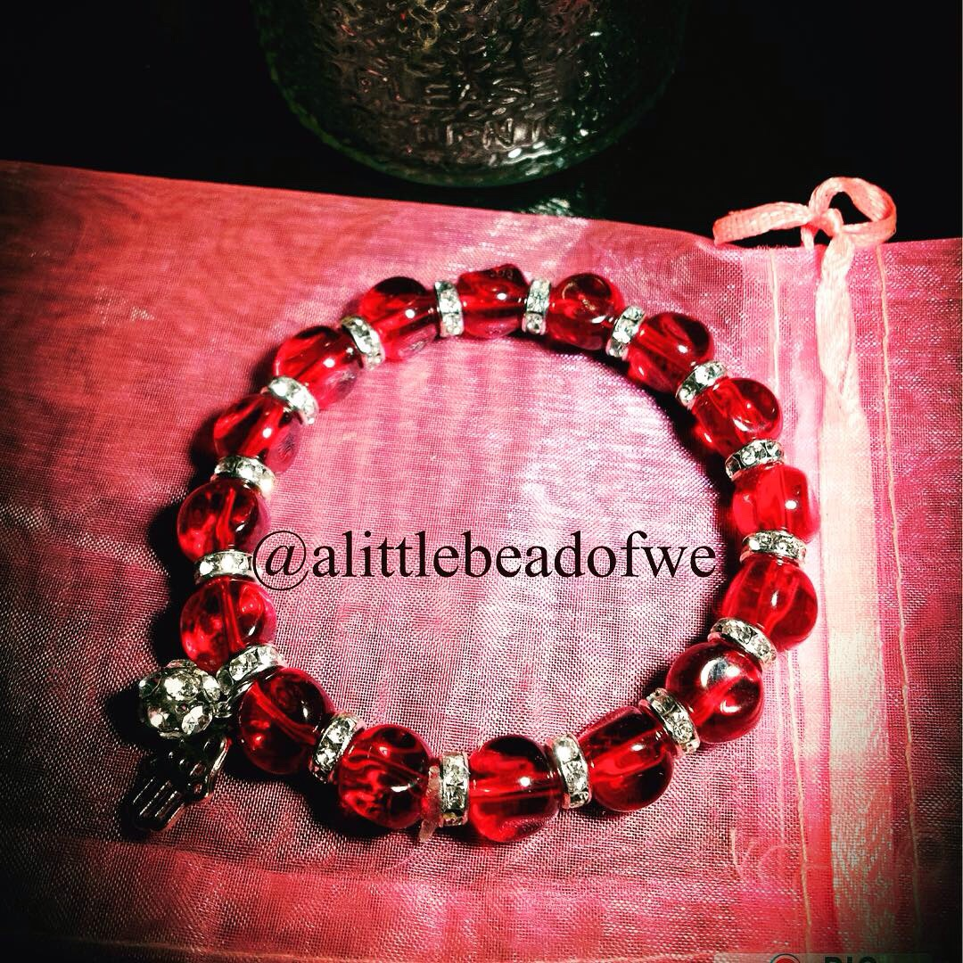 3869f5eb55936 Ravishing red Glass Beaded Handmade Bracelet with... - Depop