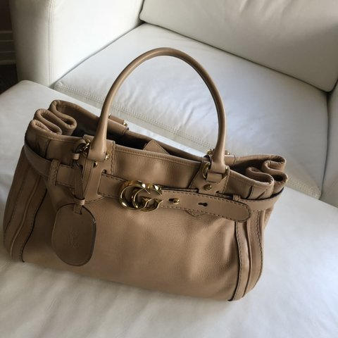 77764e5a913d @pclg. 16 days ago. Fort Lauderdale, United States. Authentic Gucci leather  bag ...
