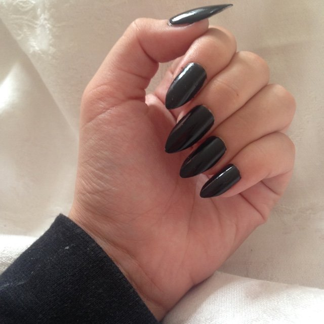 Long black stiletto/almond nails! Can do multiple shapes and - Depop