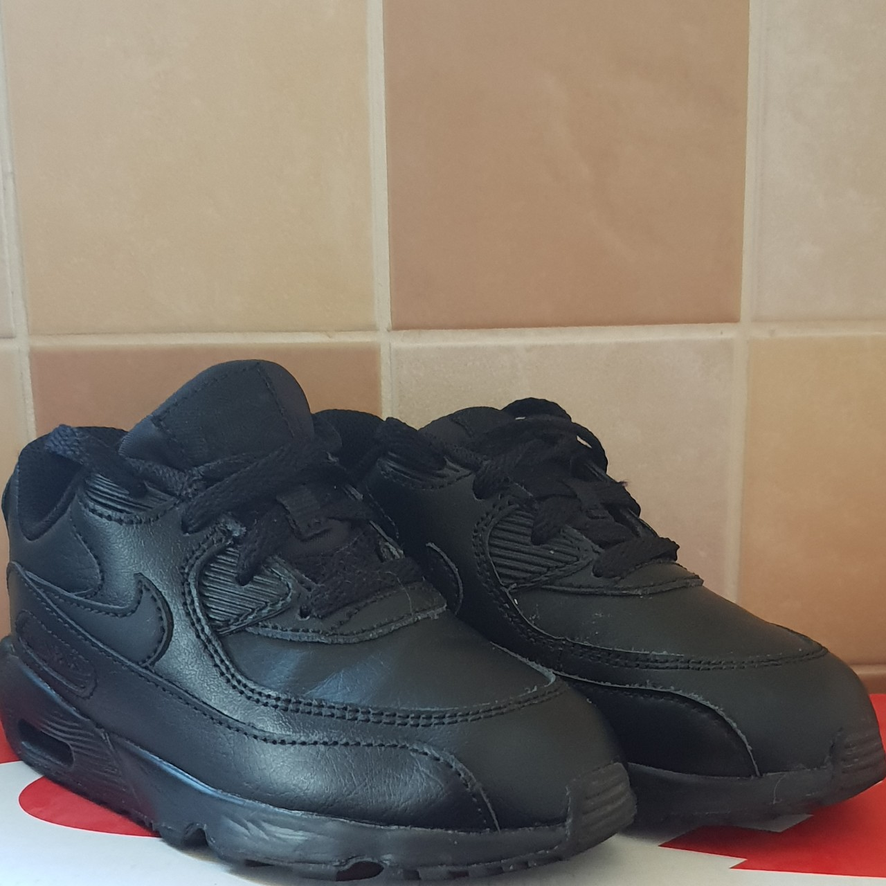 Nike air max size 8.5 infant trainers