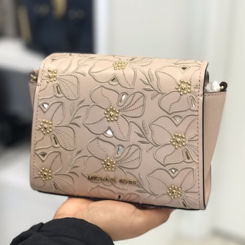 06f12846c578 @candiceus. 12 days ago. Houston, United States. MICHAEL KORS SOFIA SMALL  CROSSBODY ...