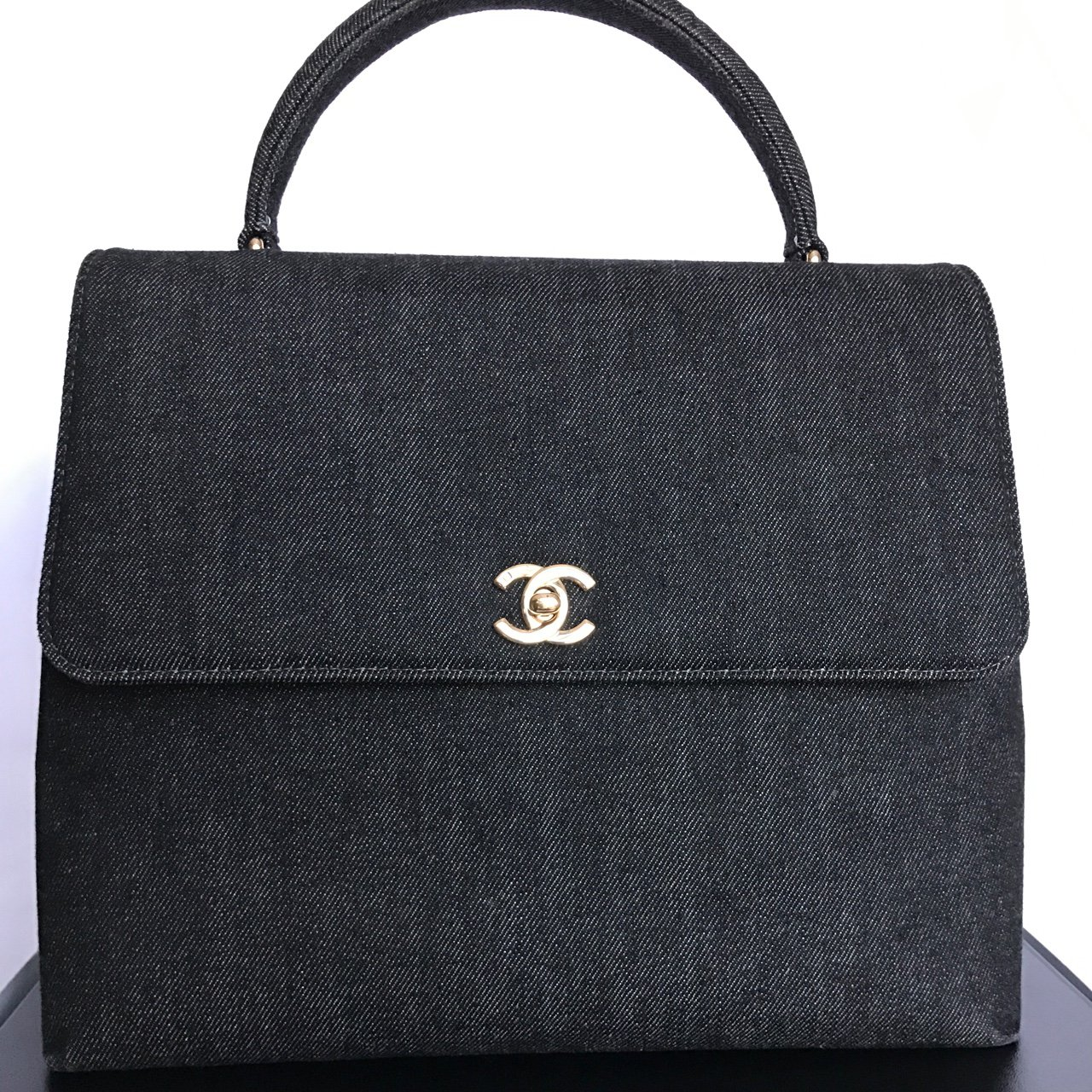 99fcdfe91002 Chanel Kelly bag in black denim. In excellent condition