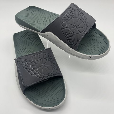 8483a5795ce7  brittanyynj. 4 days ago. United States. Jordan Hydro 7 Slides Men s Size  10. Gray Clay Green Color