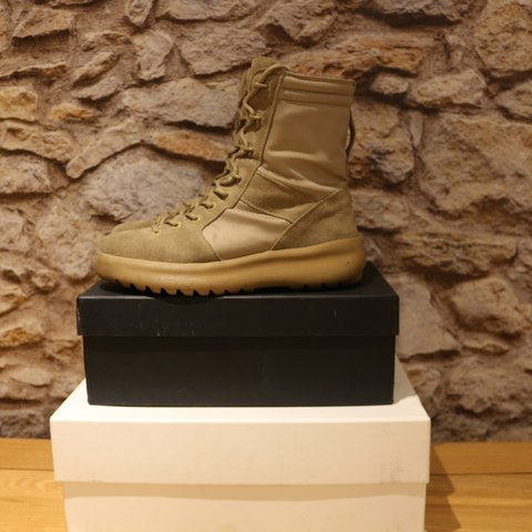 59dc029739742 SEASON 3 YEEZY MILITARY BOOTS used but kept in very good - Depop