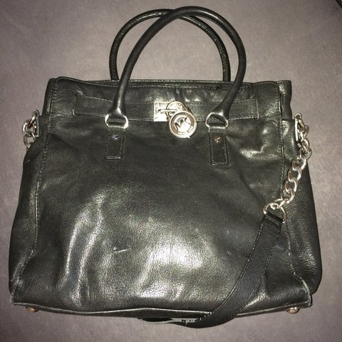 8944543b4fa5b2 @giannaisabella. 3 years ago. Zürich, Switzerland. Michael Kors Hamilton  Bag authentic and used Black ...