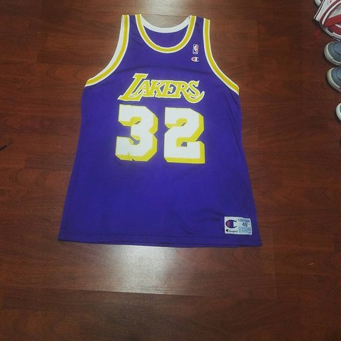 563626b562e Magic Johnson Los Angeles Lakers Champion Jersey Size 48 - Depop