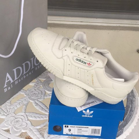 cc353b7716d Brand new size 9 yeezy powerphase calabasas shoes. 100% - Depop