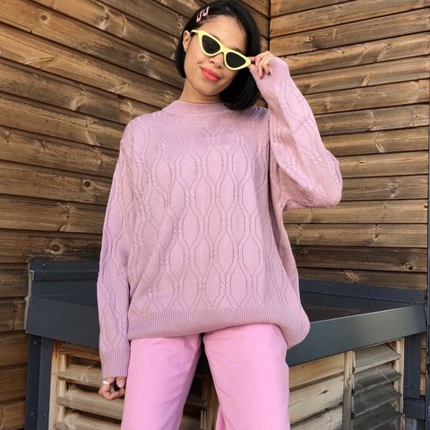 116aec9e0  catseyes shop. 5 days ago. United Kingdom. A super cute vintage oversized  dusky pink knit jumper.