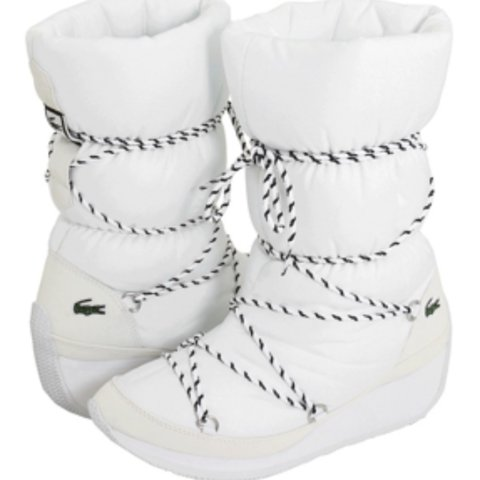 3107a7618042 Lacoste snow boots