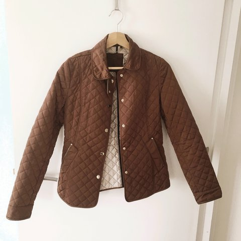 5325673e84 @hollie12345678910. 2 years ago. London, United Kingdom. Massimo Dutti  Fitted Quilted Jacket ...