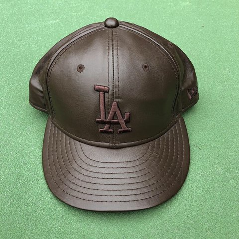 ec6170c7565 Brown Leather Los Angeles Dodgers New Era Fitted Hat Size - Depop