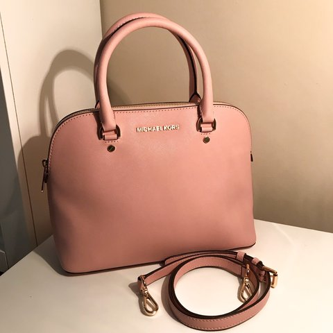 67342de68fbaea Pale Pink/Blush/Light Pink Michael Kors Cindy Medium Dome a - Depop
