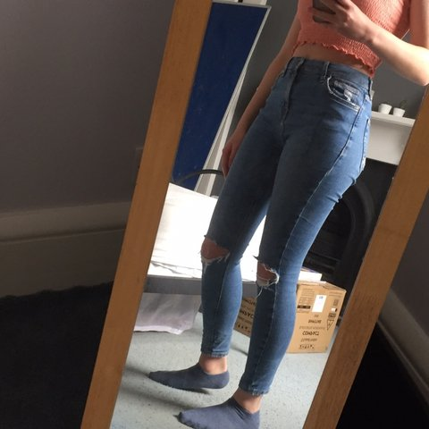 23e95616d78 RESERVED Topshop Jamie Jeans. 6/10 condition, bought ripped - Depop