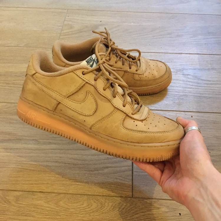 Tan Nike Air Force 1 To fit men's size