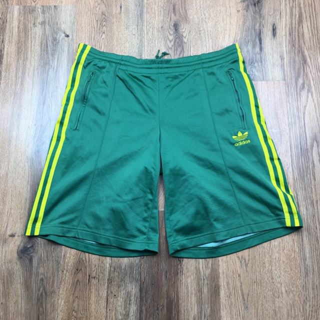 adidas shorts zipper pockets