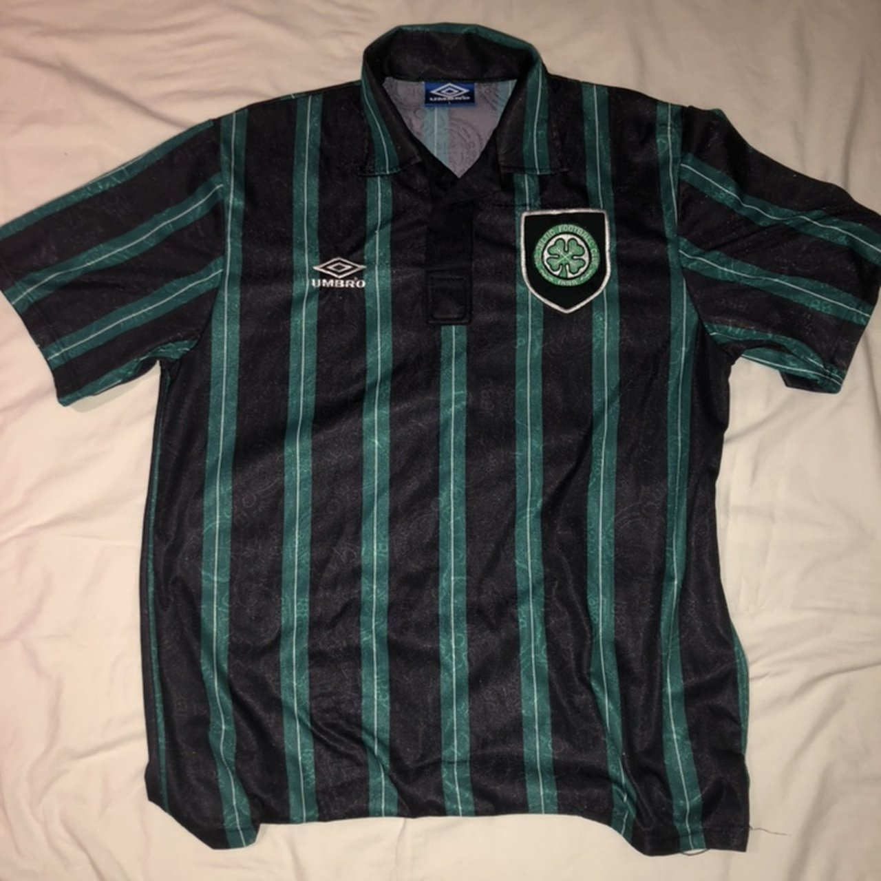 ea0ba2e207b @thee_vintage_attire. 2 months ago. United Kingdom. Vintage Celtic FC jersey.  UK Large Extremely rare jersey. Excellent condition
