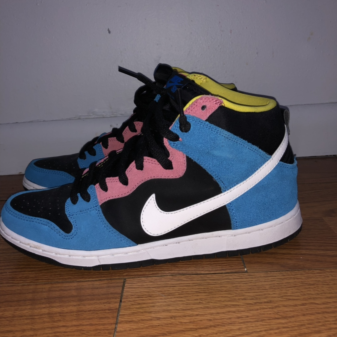 on sale 0624a 25eca Nike SB Dunk High Bazooka Joe 9/10 - Depop