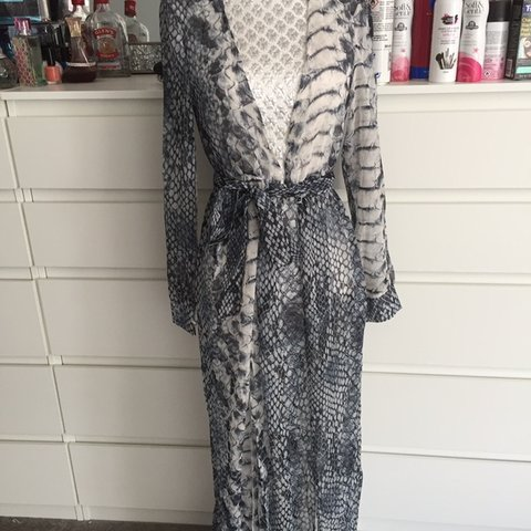 602dcc722680f Snakeskin maxi kaftan Please use size guide See my other - Depop