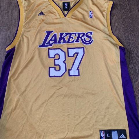 7cda6e695c76 Lakers adidas Ron Artest Jersey !! Size XL Great condition - Depop