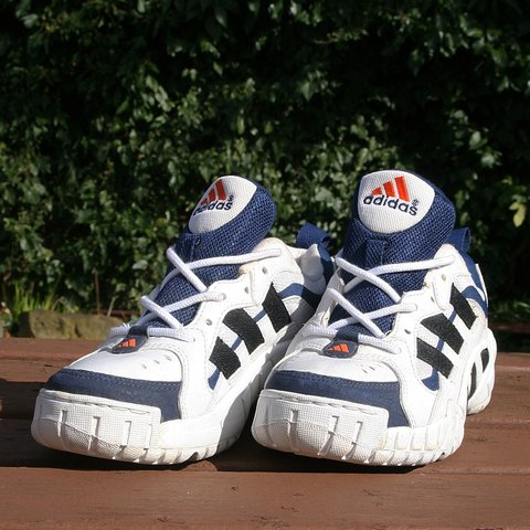 Adidas Torsion System sneakers